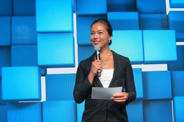 Stephanie Bovis hosts HP's Commercial Print Launch